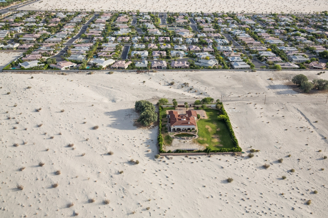 Green lawns and pools in the desert. Rancho Mirage in California's Coachella Valley. Photo: Damon Winter for the New York Times